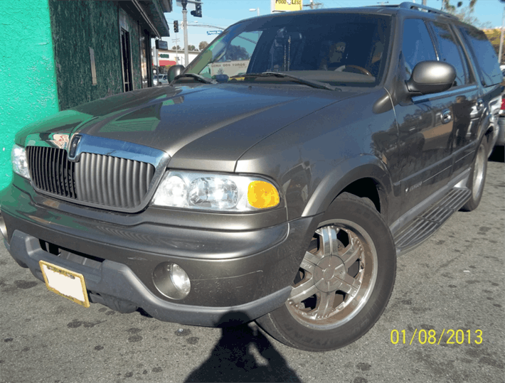 Title Loan on Your Lincoln Navigator