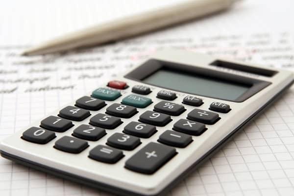 Cómo obtener la mejor tasa de interés en un préstamo sobre el título de su auto
