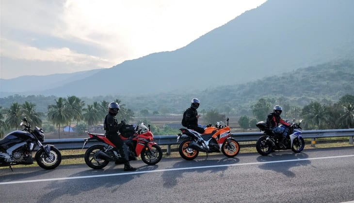 group riding motorcycles