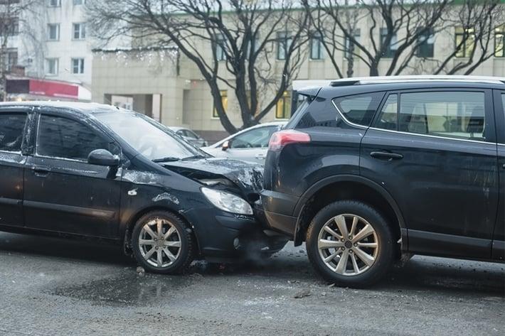 car crashin an urban area